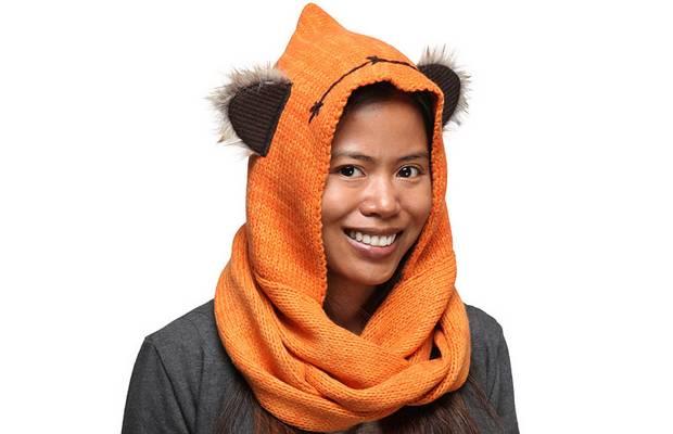 Une écharpe pour ressembler à un Ewok charpe-capuche-ewok