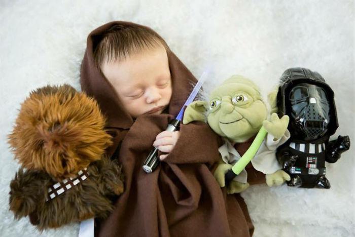 La petite fille de Mark Zuckerberg habillée comme un Jedi inspire d'autres parents bebe-habille-star-wars-5