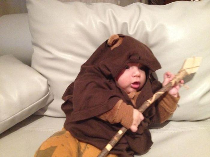 La petite fille de Mark Zuckerberg habillée comme un Jedi inspire d'autres parents bebe-habille-star-wars-8