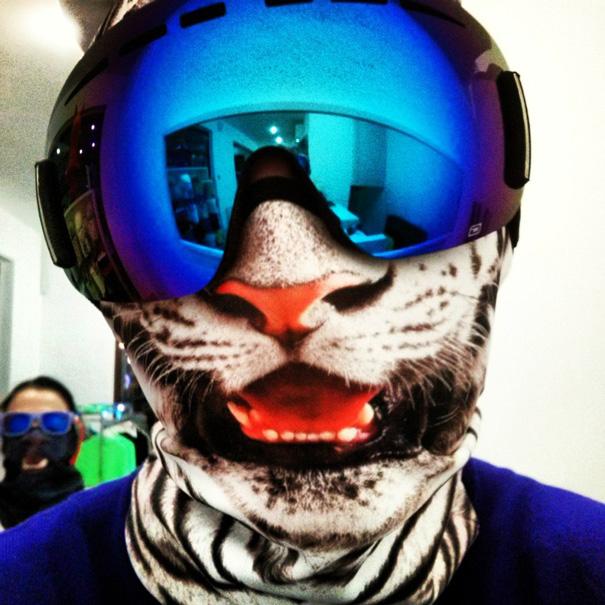 Transformez-vous en félin avec ces cagoules de ski originales cagoule-animaux-ski-2