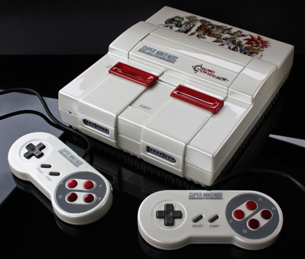 Un artiste customise les consoles de notre enfance custom_console3-1024x868