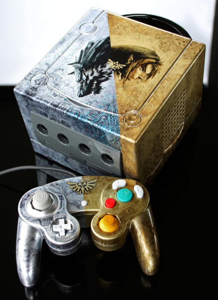 Un artiste customise les consoles de notre enfance custom_console41-745x1024
