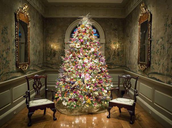Décorez votre sapin de Noël avec des fleurs decorer-votre-sapin-avec-des-fleurs-10
