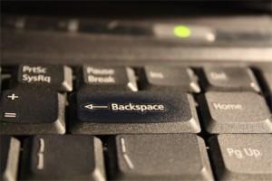 Appuyer 28 fois sur la même touche pour hacker Linux espace-300x200