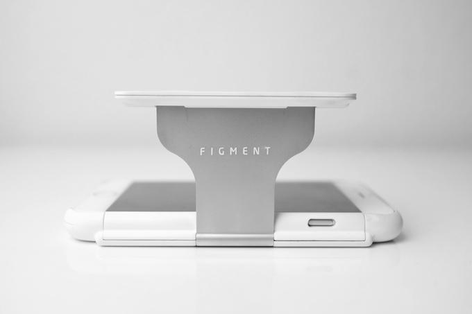 Figment VR : la coque de smartphone qui fait aussi casque de réalité virtuelle figment_vr