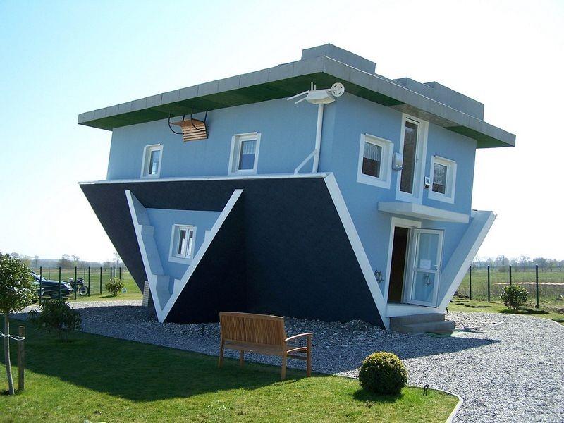 """Les """"Maisons à l'envers"""", un concept renversant ! maison-renversee-monde-8"""