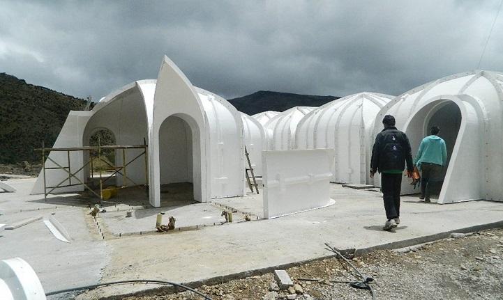 Ces maisons écologiques sont construites en seulement trois jours maison-verte-hobbit-1