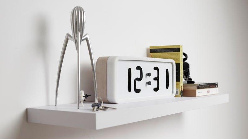 RHEI : une horloge épurée au fonctionnement original rhei-horloge-aimant-fluide-7