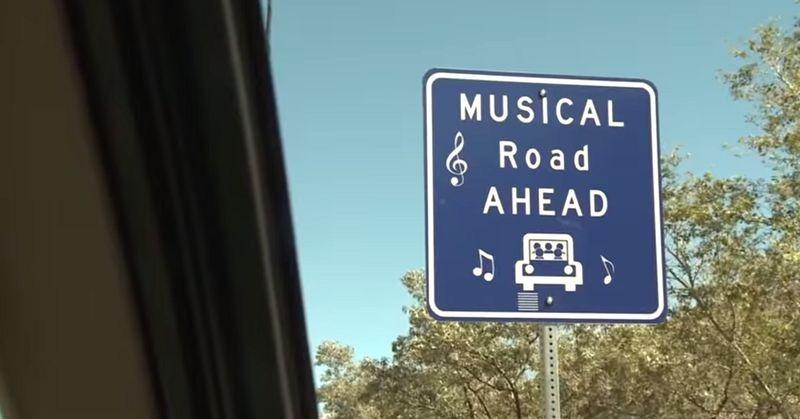 Lorsque des voitures passent, ces routes entonnent des mélodies route-musicale-1