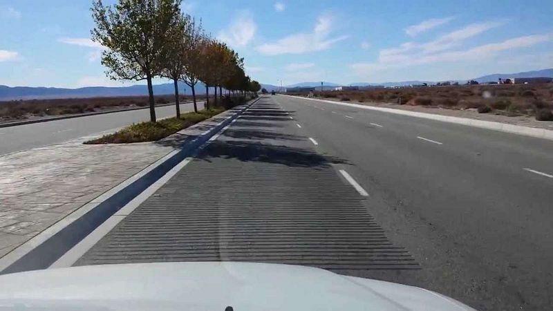 Lorsque des voitures passent, ces routes entonnent des mélodies route-musicale-5