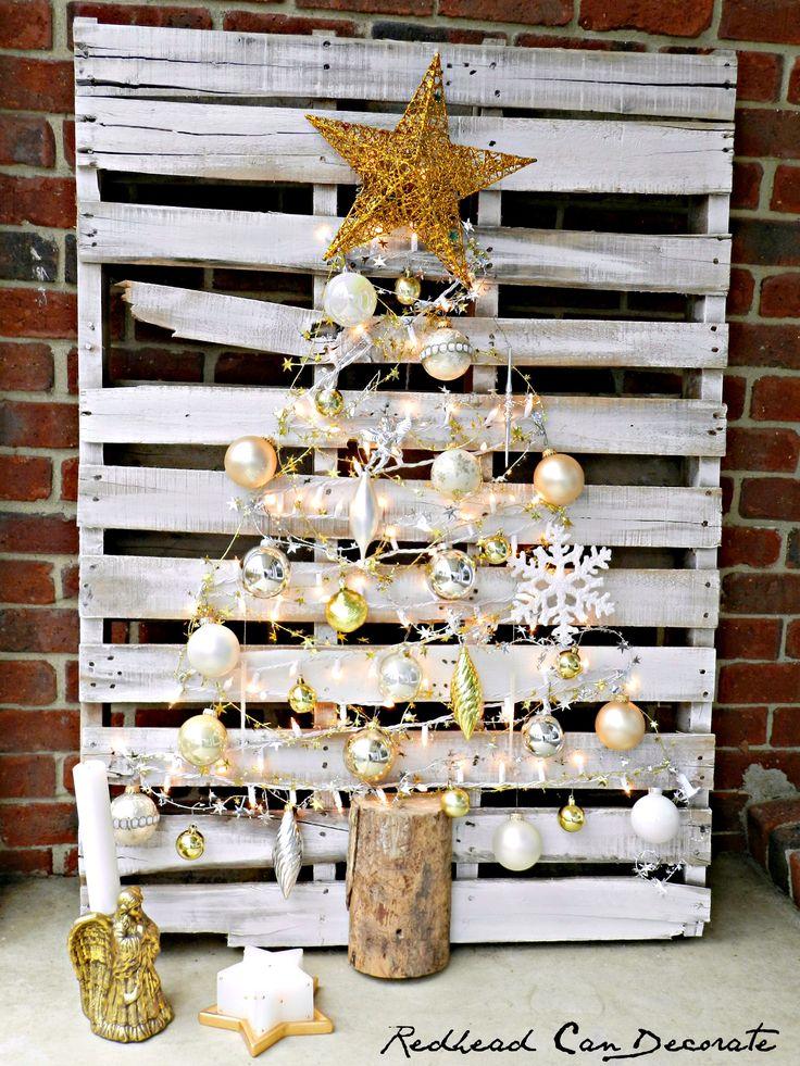 Comment réaliser un sapin de Noël avec une palette sapin-palette-deco-1