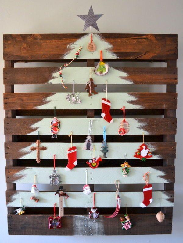 Comment réaliser un sapin de Noël avec une palette sapin-palette-deco-8