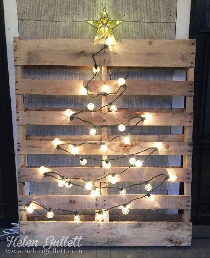 Comment réaliser un sapin de Noël avec une palette sapin-palette-deco-9