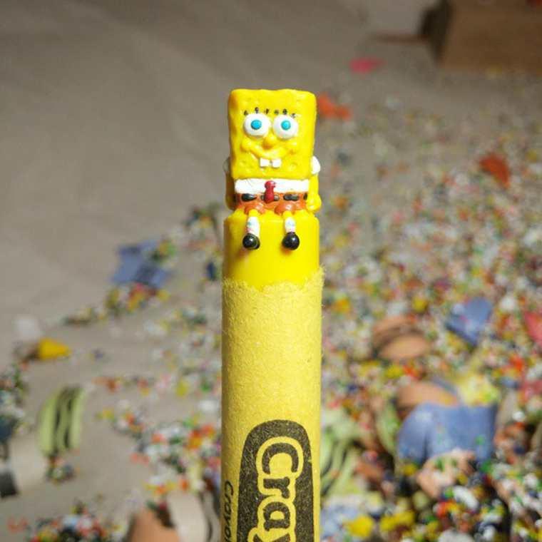 Des crayons sculptés multicolores inspirés de la pop-culture sculpture-crayola-hoang-tran-11