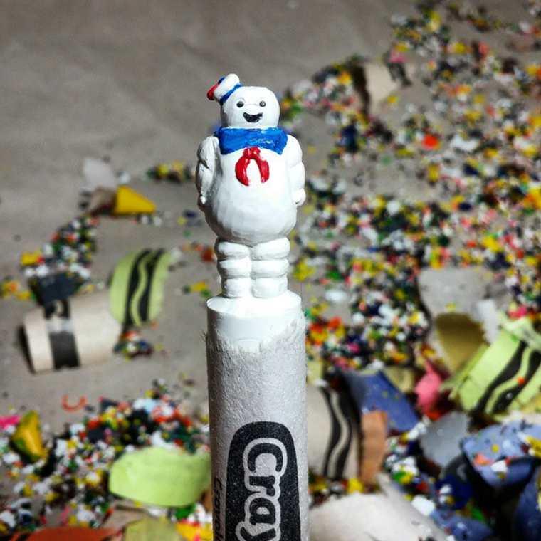 Des crayons sculptés multicolores inspirés de la pop-culture sculpture-crayola-hoang-tran-8