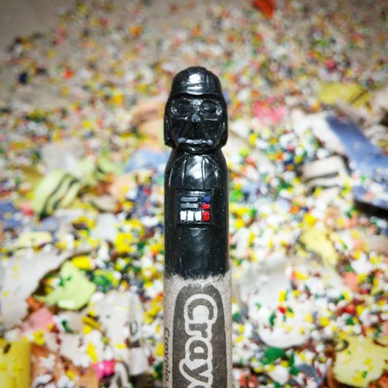 Des crayons sculptés multicolores inspirés de la pop-culture sculpture-crayola-hoang-tran-9