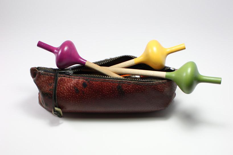 Des designers français créent un crayon ludique en forme de toupie spincil-crayon-toupie-3