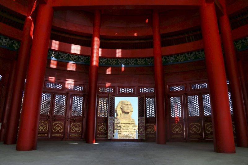 """Ce curieux monument """"deux-en-un"""" se trouve en Chine temple-hybride-chine-2"""