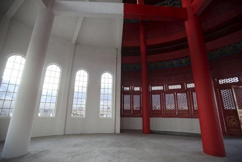 """Ce curieux monument """"deux-en-un"""" se trouve en Chine temple-hybride-chine-5"""