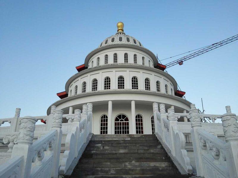 """Ce curieux monument """"deux-en-un"""" se trouve en Chine temple-hybride-chine-6"""