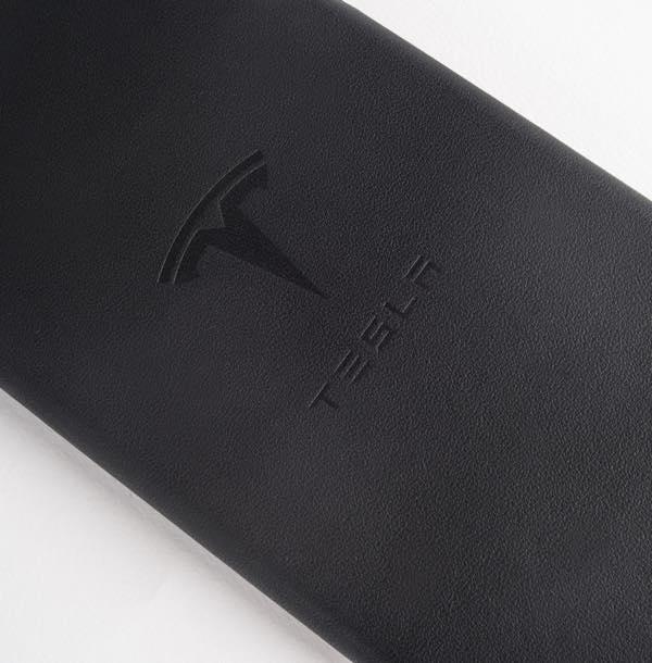 Tesla se lance dans les coques pour iPhone tesla-coque-iphone-6-2