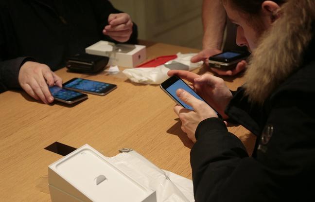 Les Français consultent leur mobile plus de 900 millions de fois par jour ! utilisateurs-smartphones
