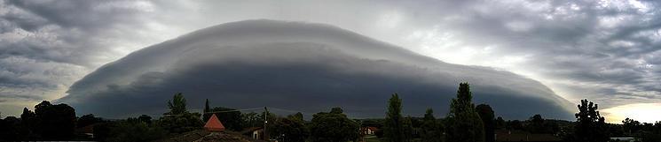 """Voyagez en Australie et découvrez le """"Morning glory cloud"""" Morning-Clouds-Australie-1"""