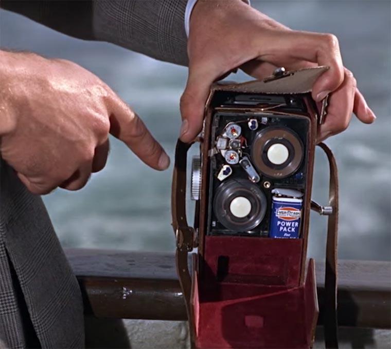 Les fameux gadgets de James Bond réunis en une seule vidéo gadget-james-bond-10