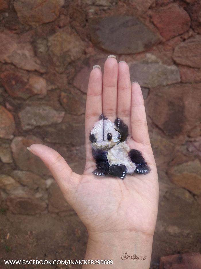 Cette jeune fille réalise des peintures en 3D sur la paume de sa main peinture-3D-paume-main-3